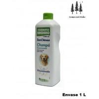 Foto de Champu 1L Vitaminado Suavizante para Perros Sandimas Formato Ahorro Buen Olor
