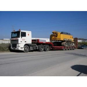 Foto de Transporte de Maquinaria para Construcción - Obras Públicas y Servicios - Movimientos de Tierra