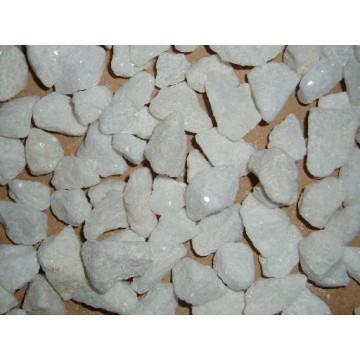 Piedra triturada bolos rocalla arena y piedras for Piedras decorativas jardin precio