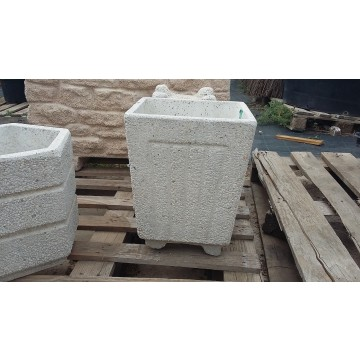Maceton cuadrado granito blanco 30x30x36 macetas y for Granito blanco real