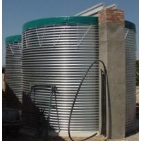 Depósitos de Agua con y Sin Funda para Ovino