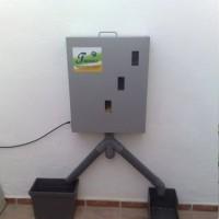 Comedero Automático Duplo para Caballos Taurus Ti.1 + KIT Solar 5W