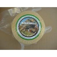 Queso de Cabra Graso de Aceuche Queseria Guiber,formato 700 Gr Aprx Curado Blanco.