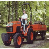 Tractor Kubota Mod. B2530Dt, Motor Diesel 3 Cilindros