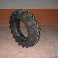 Neumático Nuevo para Tractor Marca BKT 8PR Medida 11.2 - 24