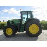 Tractor John Deere 7530