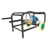 Hidrolimpiadora Trifasica para Limpiar Granjas