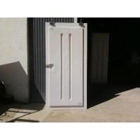 Puertas Doble Camara para Granja con Visagras Inoxidables O Correderas