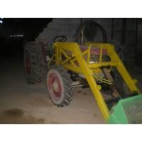 Tractor 4x4 con Pala