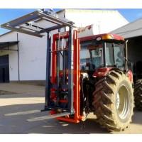 Carga la Fruta en la Finca. Elevador de Tractor con Mando Hidraulico.