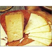 Queso Puro de Oveja de Leche Cruda,curado,de Acehuche  Formato de 850 Gramos Aprox.